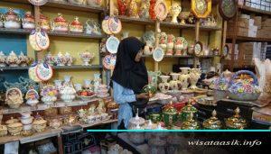 pasar keramik sitimang jambi