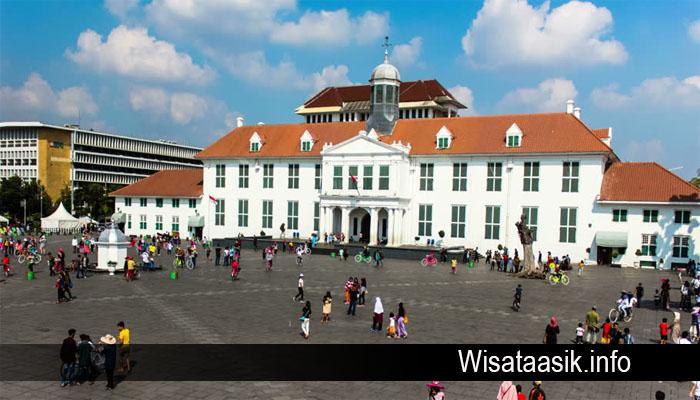 Wisata Kota Tua Jakarta Yang Tidak Boleh Dilewatkan